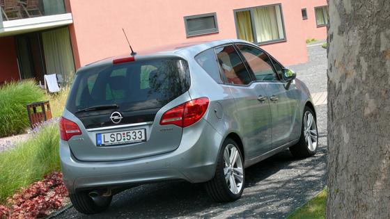 Opel Meriva 1.4 Turbo teszt (2010) - Magas ugrás