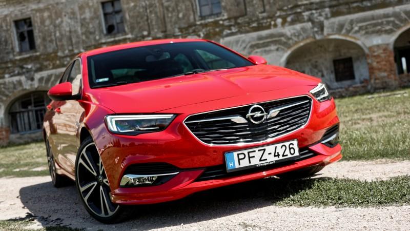 Opel Astra Turbo () teszt - Fenntartások nélkül