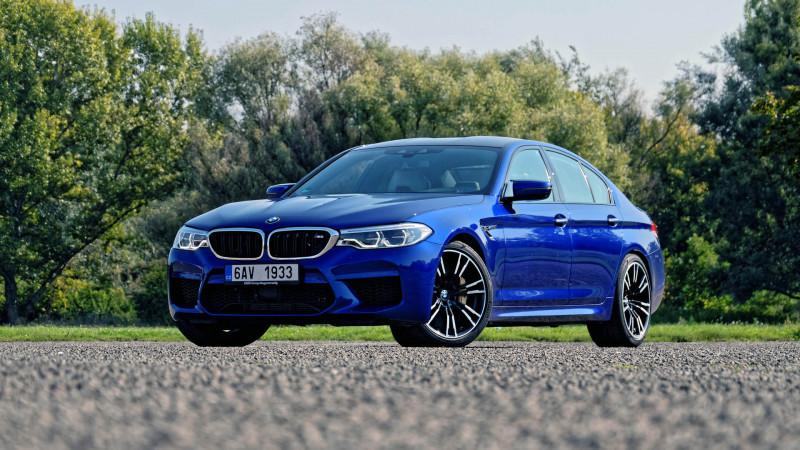 1a3a21e633 BMW M5 (2018) teszt – Öltönybe bújt sportoló